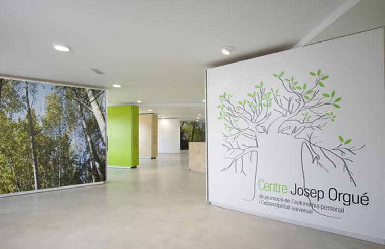 Fundació Privada Àuria/ Oficines i vivendes